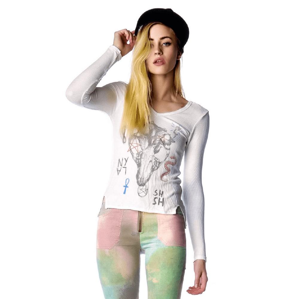 White full hand t-shirt